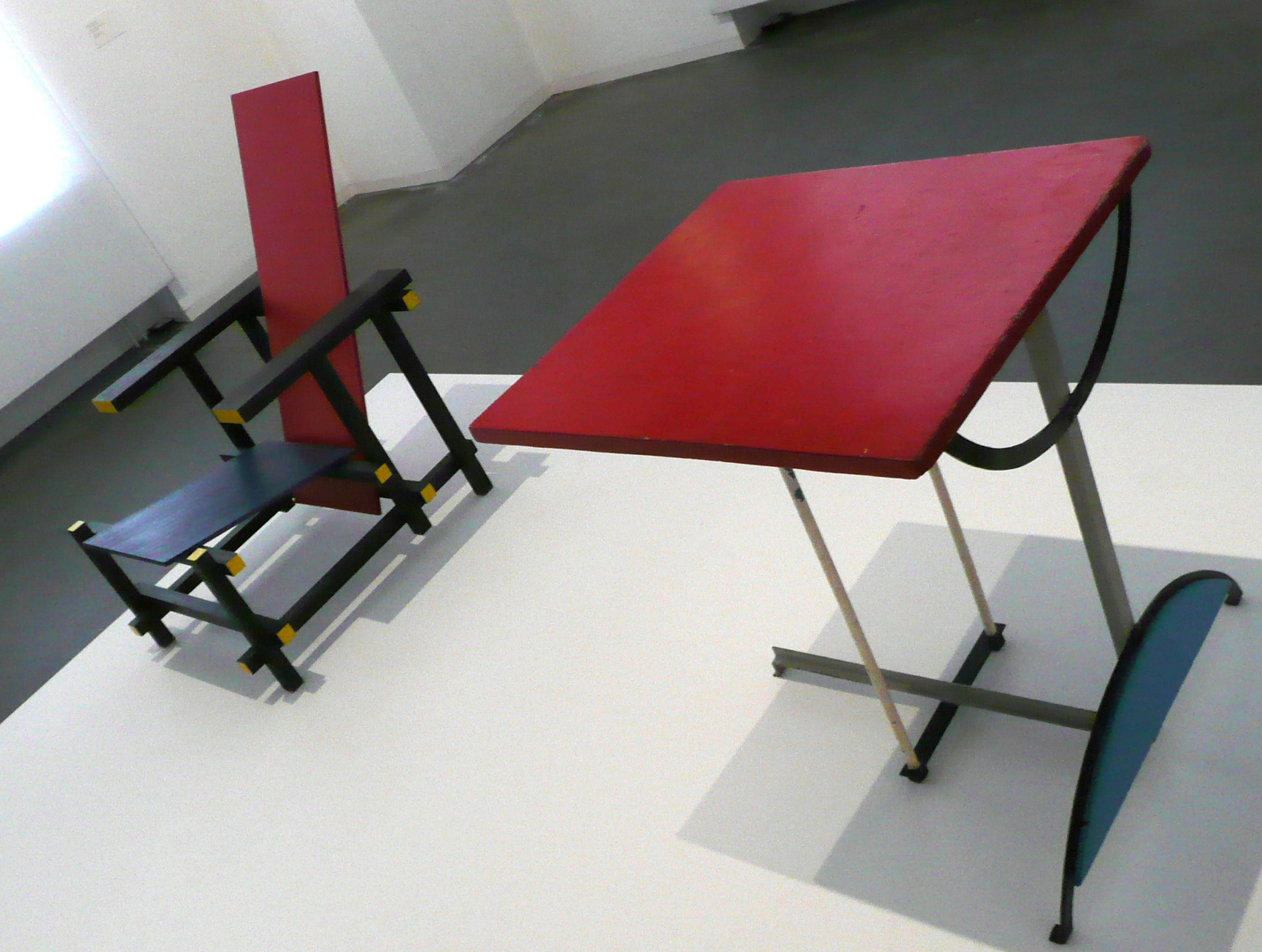 Rietveld stoel en tafel // cc debs-eye